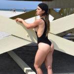 femme sensuelle offre son cul dans le 20 et sur snap
