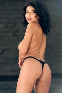 photo de fille coquine du 91 qui montre son cul